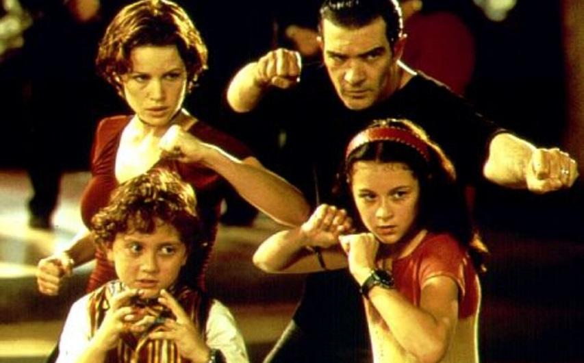 Кадр из фильма «Дети шпионов»