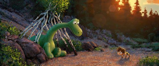 Кадр из фильма «Добропорядочный динозавр»