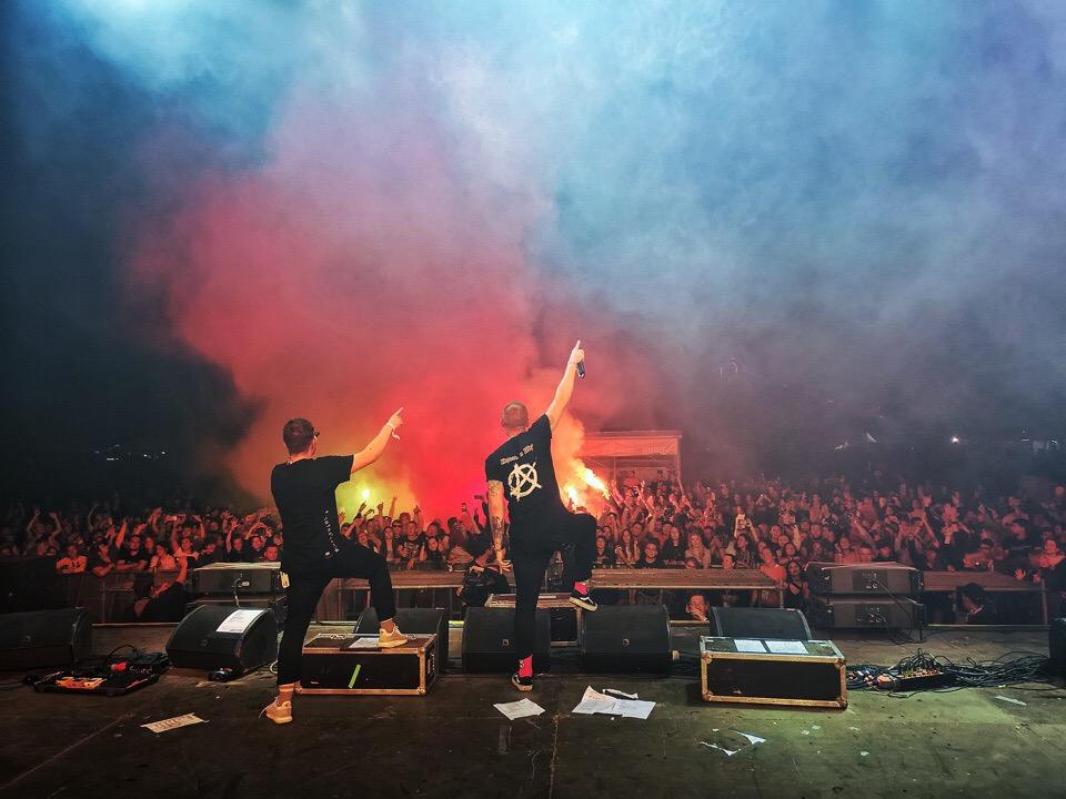 Фото с концерта Anacondaz с сайта vk.com