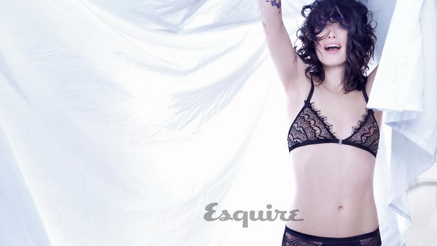 Фотосессия актрисы Лины Хиди. Фото с сайта esquire.com