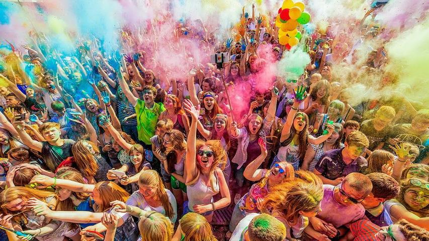 Фестиваль красок внесет яркие краски в вашу жизнь. Фото с сайта v-tagile.ru