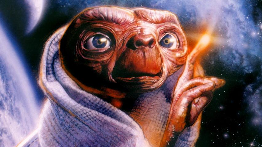 Постер к фильму «Инопланетянин». Изображение с сайта zastavki.com