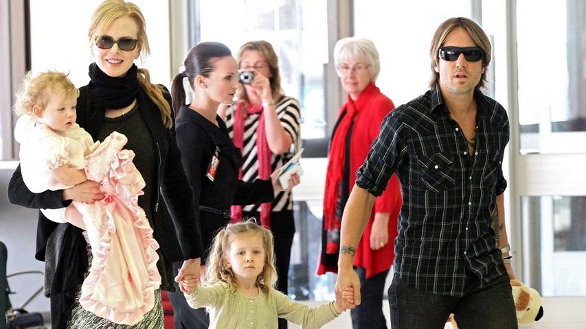 Николь Кидман с семьей. Фото с сайта wordpress.com