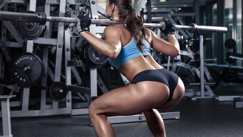 Девушка в спортзале. Фото с сайта