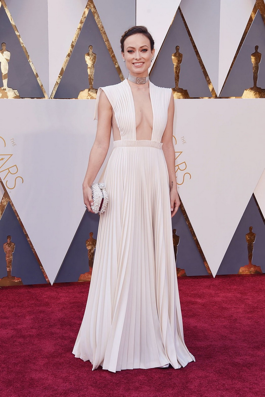 Актриса Оливия Уайлд нацеремонии вручения премии «Оскар»-2016. Фото ссайта hollywoodreporter.com