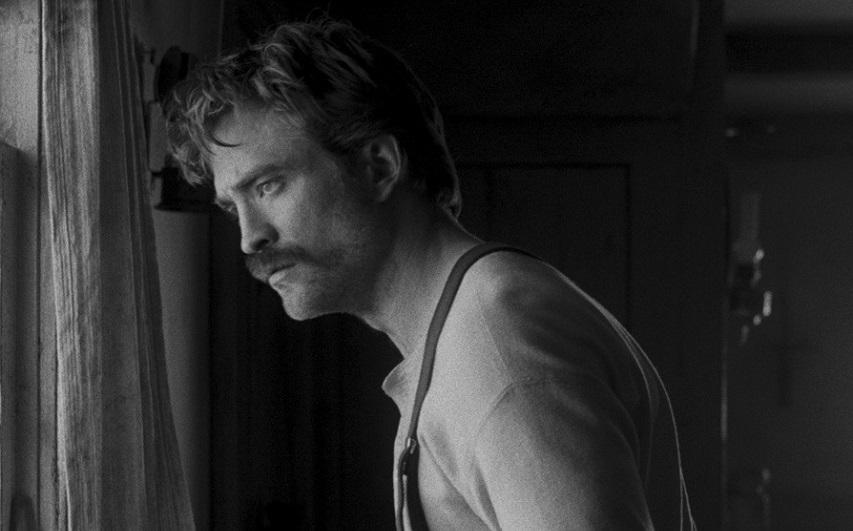 Кадр из фильма «Маяк»