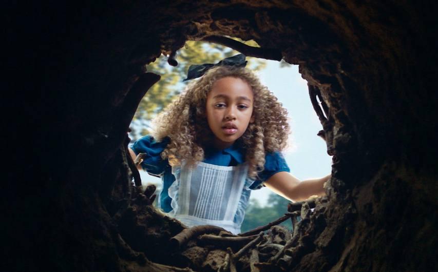 Кадр из фильма «Питер Пэн и Алиса в Стране Чудес»