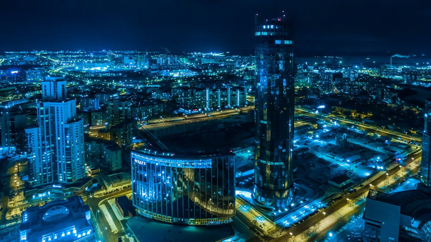 Огни ночного Екатеринбурга. Фото с сайта e1.ru