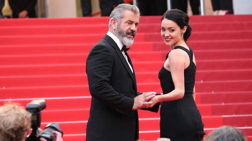 Мел Гибсон и Розалинд Росс. Фото с сайта elle.ru