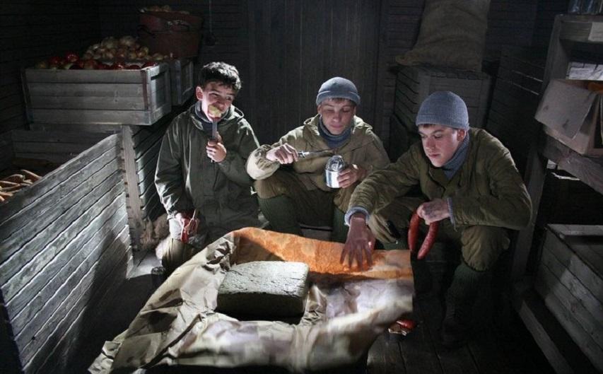 Кадр из фильма «Сволочи»