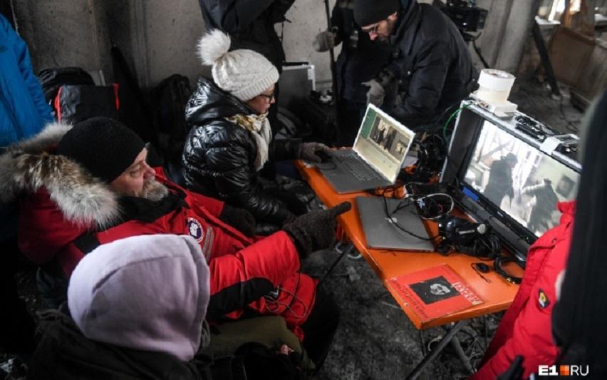 На съемках фильма «Большие змеи Улли-Кале». Фото с сайта e1.ru