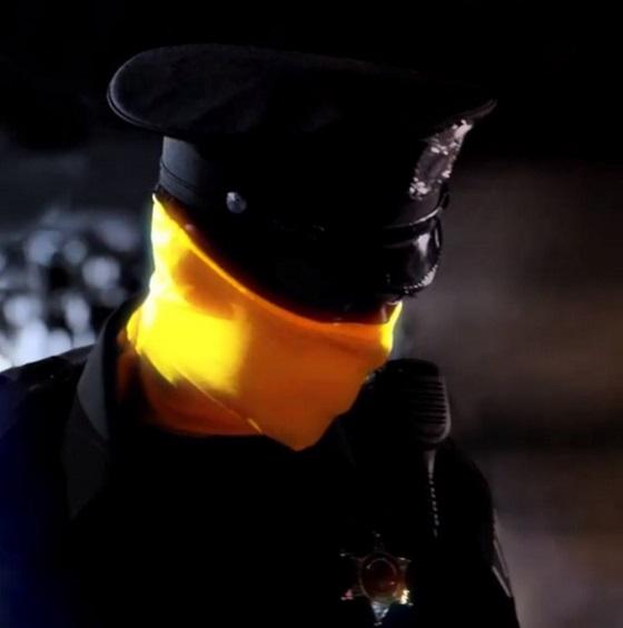 Кадр из сериала «Хранители»