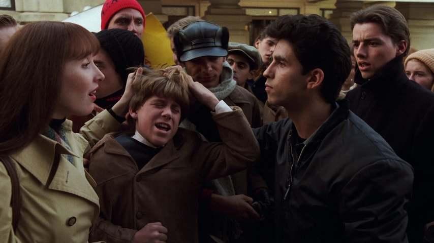 Кадр из фильма «Я хочу держать за руку»
