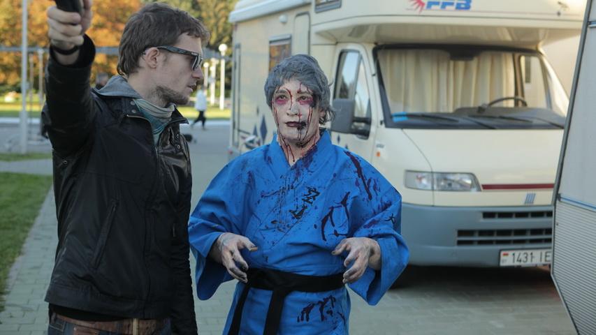 Кадры со съемок фильма «Zомби каникулы». Фото с сайта kinomania.ru