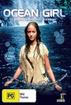 Девочка из океана. Обложка с сайта amazon.com