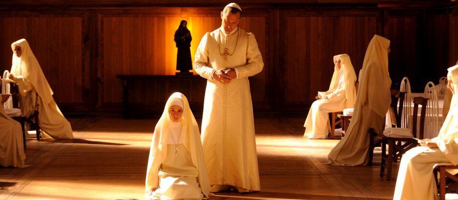 Молодой Папа. Обложка с сайта bolero.ru