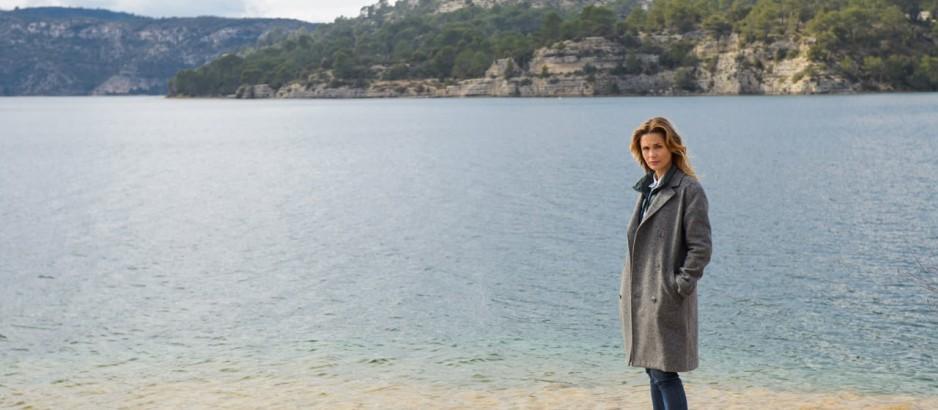 Исчезновение на берегу озера. Обложка с сайта kinopoisk.ru
