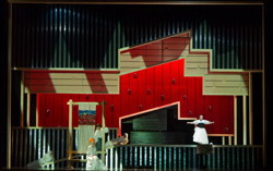 Сцена из спектакля «Граф Ори». Фото с официального сайта Екатеринбурсгкого театра оперы и балета