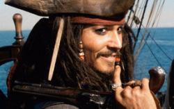 Кадр из фильмы «Пираты Карибского моря: Проклятие Черной Жемчужины»