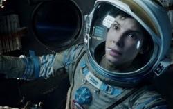 Теперь мы знаем, что Сандра Буллок играла Льва Демидова. Кадр из фильма «Гравитация»
