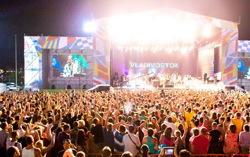 На фестивале V-Rox. Фото с сайта mumiytroll.com