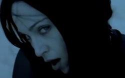 Кадр из клипа Frozen