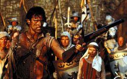 Кадр из фильма «Зловещие мертвецы 3: Армия тьмы»