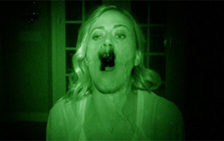 Кадр из фильма «Паранормальное явление 5: Призраки»