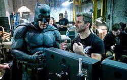 На съемках «Бэтмен против Супермена». Фото с сайта kinopoisk.ru