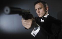Постер к фильму «007: СПЕКТР». Изображение с сайта tvkinoradio.ru