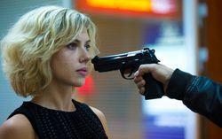 Кадр из фильма «Люси»