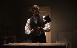 Кадр из фильма «Президент Линкольн: Охотник на вампиров »