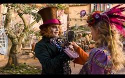 Кадр из фильма «Алиса вЗазеркалье»