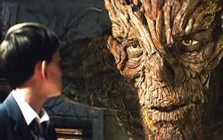 Кадр из фильма Голос монстра