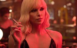 Кадр из фильма «Атомная блонда»