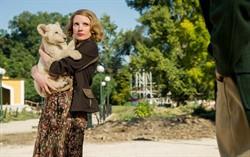 Кадр из фильма Жена смотрителя зоопарка