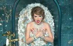 Кадр из клипа Taylor Swift «Look What You Made Me Do»
