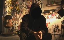 Кадр из фильма Выход через сувенирную лавку