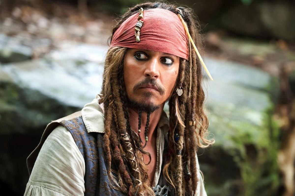 «Пираты Карибского» безДеппа, Marvel отменили фильм, Динклейдж намекнул насмерть Тириона Ланнистера