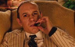 Кадр из фильма «Капоне. Лицо со шрамом»