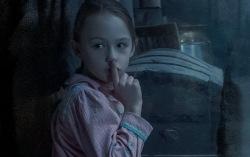 Кадр из сериала «Призраки поместья Блай»