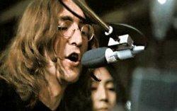 Джон Леннон. Фото с сайта www.beatles.ru