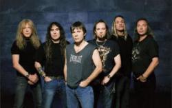 Iron Maiden. Фото с сайта secure.bebo.com