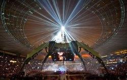 Сцена шоу «360 Tour» . Фото с сайта  revkevgcc.wordpress.com
