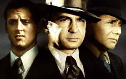 Кадр из фильма «Капоне»