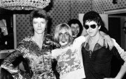 Боуи, Поп и Рид в 1972 году. Фото с сайта batzbatz.com