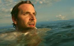 Кадр из фильма «Области тьмы»
