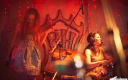 «Обе две» в «Бен-холле» (18.01.11). Фото — Иван Клейменов. Cпециально для Weburg.net