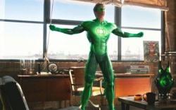 Кадр из фильма «Зеленый фонарь»