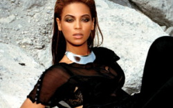 Beyonce. Фото с сайта shareapic.net